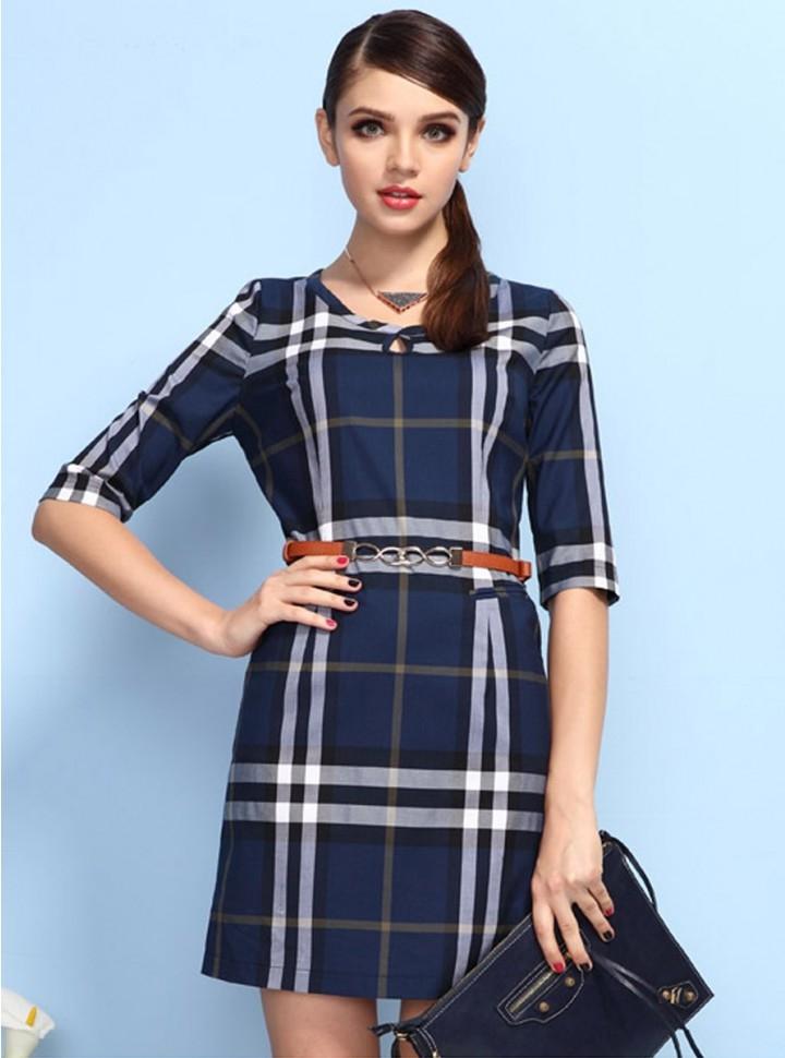 QueUsar.com: Vestido corto a cuadros con mangas tres cuartos y ...