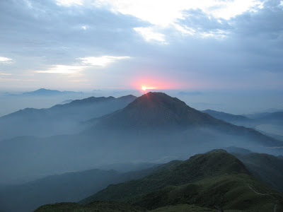 (Hong Kong) - Lantau Island Sunrise