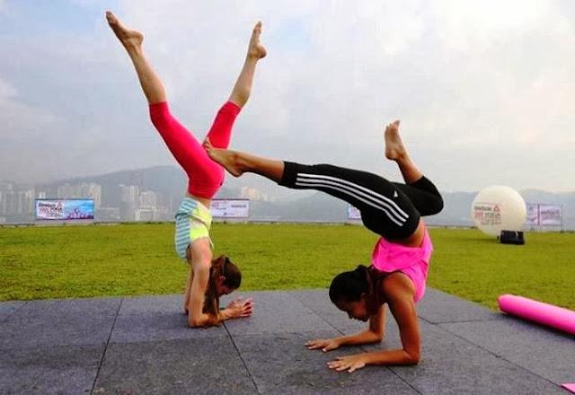 Yoga in the Sky, Yoga Rebel, Tara Stiles, Stratosphere, the roof, first avenue, bandar utama, yoga, fitness, lifestyle, Strala Yoga