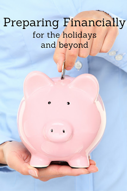 Preparing Financially for the holiday season and beyond! Check out these tips and get a head start on next year!! #RegionsGreetings #ad