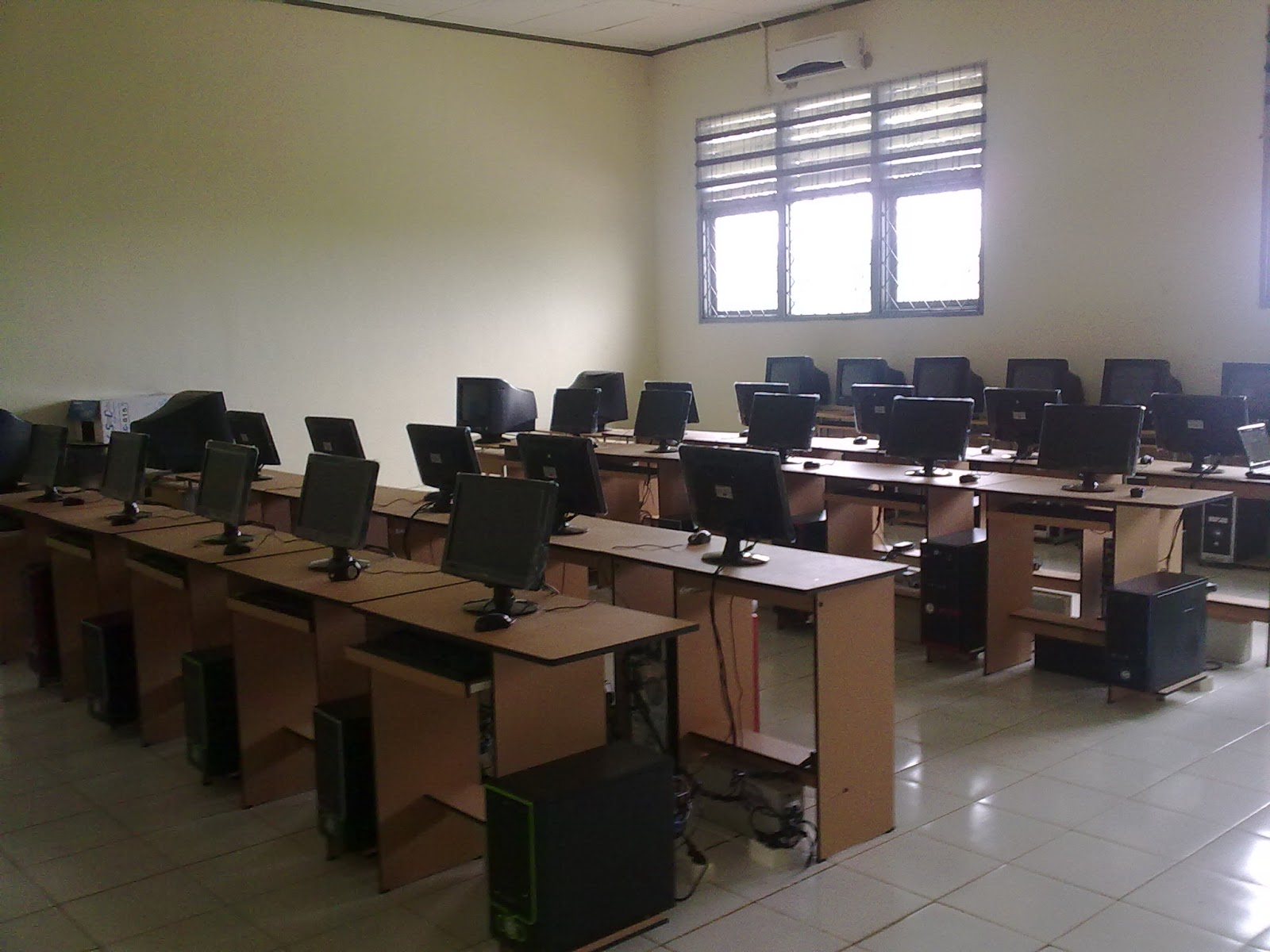 Lab. Komputer dan Multimedia