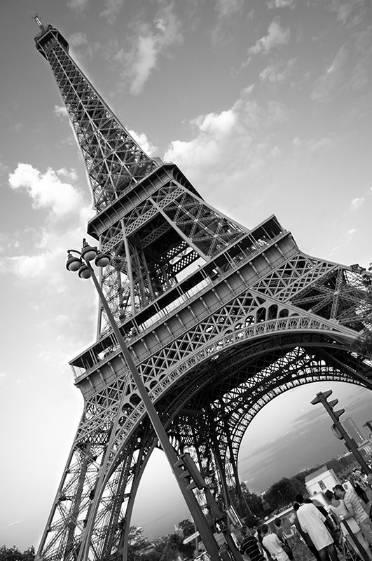 Paris Eiffel Tower Black And White Free Download Wallpaper