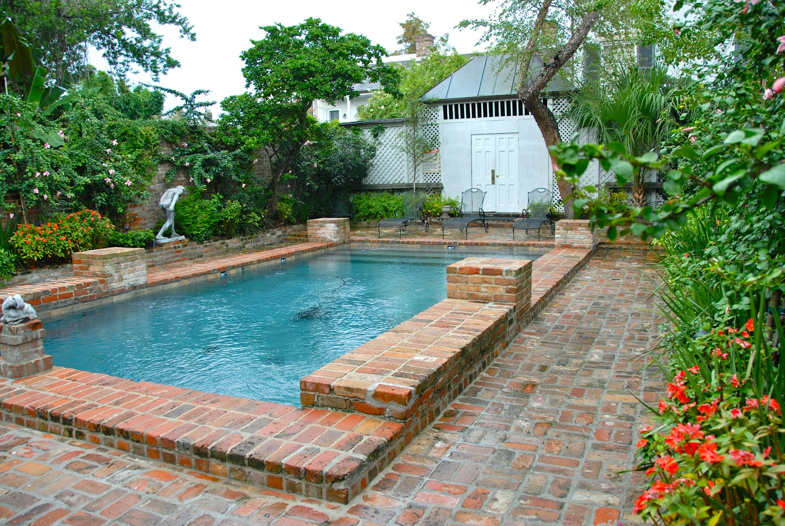 Small salt water pools home design and decor reviews for Poolside ideas
