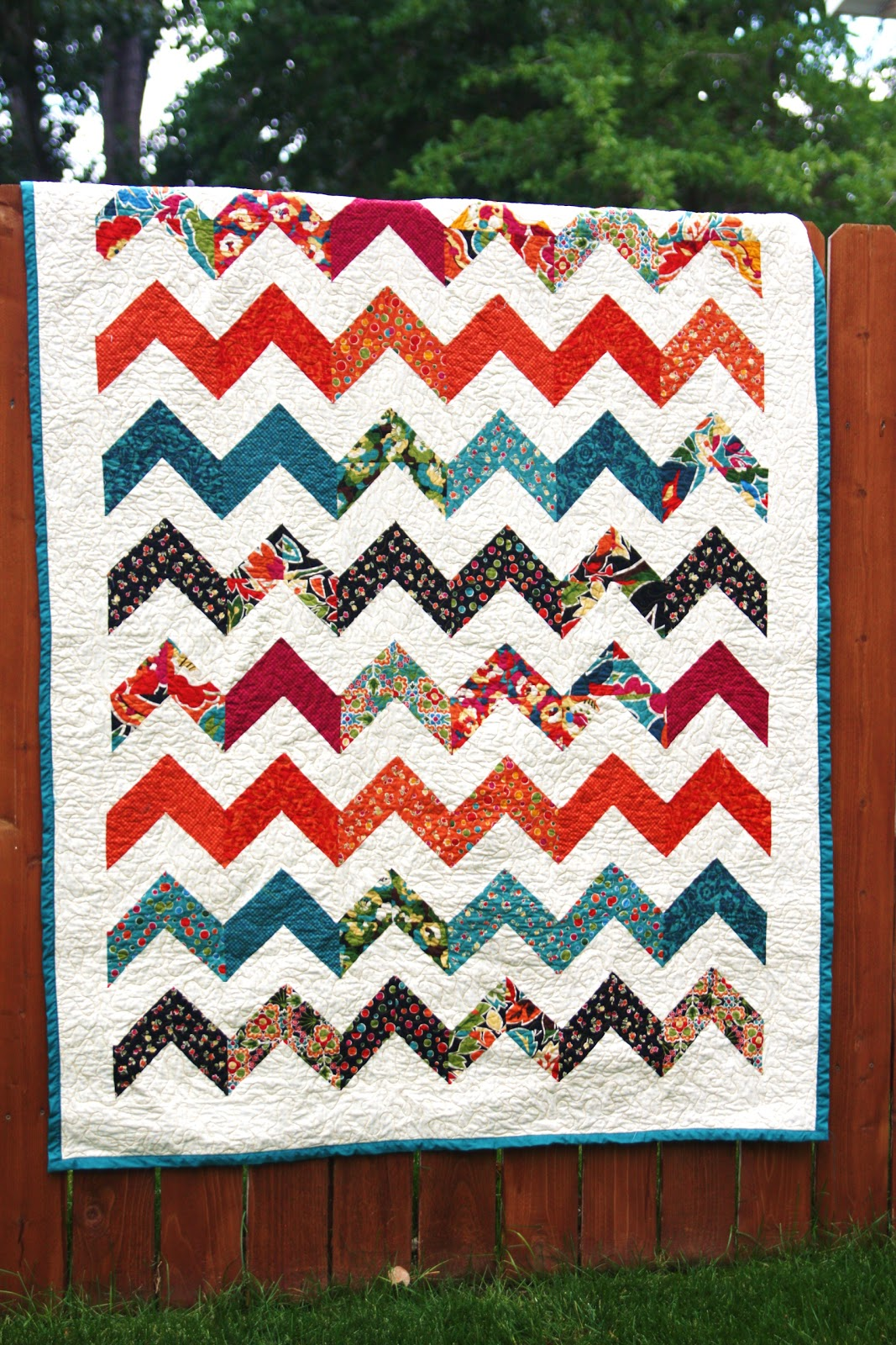 Quilting Designs For Chevron Quilts : This-n-that; a little crafting: Chevron quilt