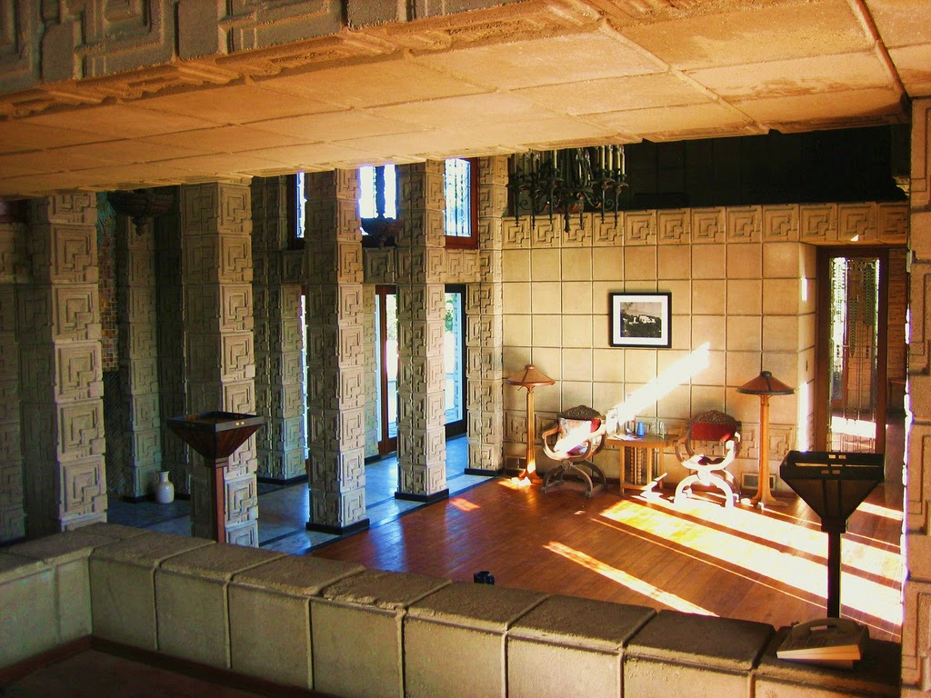 The art of architecture houses 101 ennis house for Los angeles interior
