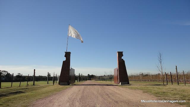 Portão de entrada da Bodega Bouza - Montevidéu, Uruguai