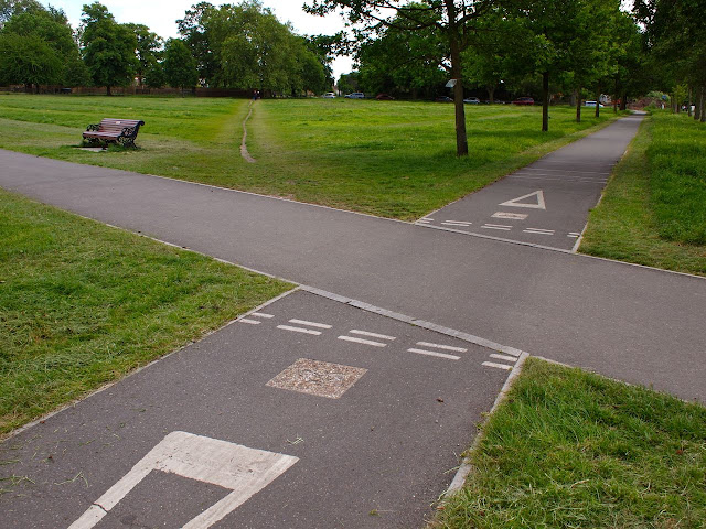 Desire lines, London, cycle paths, cycle routes, short cut, democratic