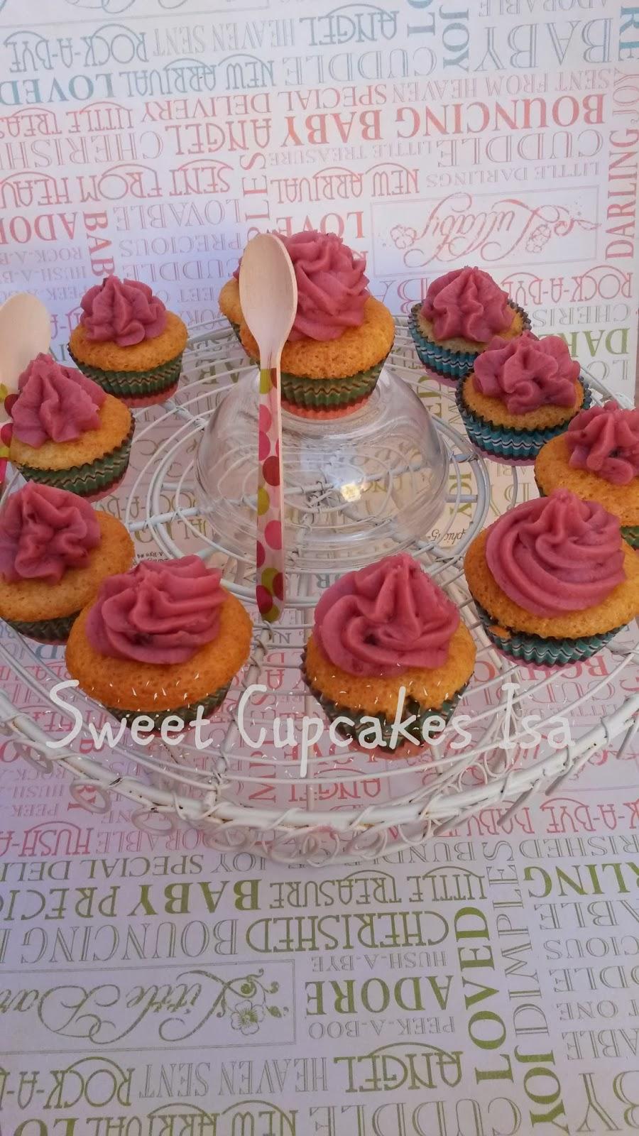 cupcakes frutos rojos