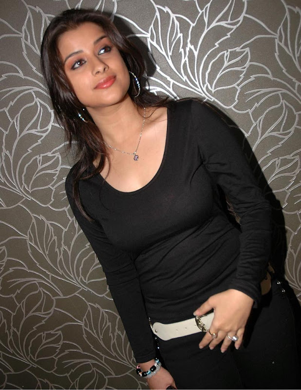 Madhurima Hot  and  Show  show