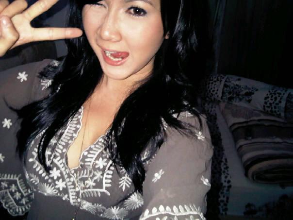 Gambar Andrea Dian seksi bugil telanjang Artis Indonesia