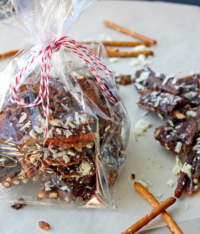 Giftable Treats | Land O'Lakes Pretzel Toffee Holiday Recipe #shop #HolidayButter #cbias