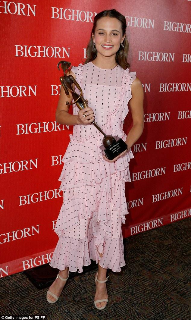 Alicia Vikander 27th Palm Springs International Film Festival - photo Alicia Vikander 2016