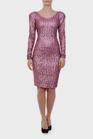 Rochie roz cu aplicatie de paiete