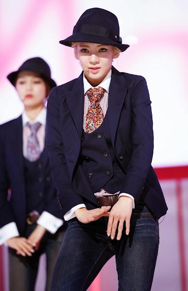 SNSD Hyoyeon Mr Mr Live M! Countdown 140306