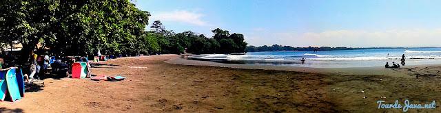 Pantai Batu Karas yang hening dan asri