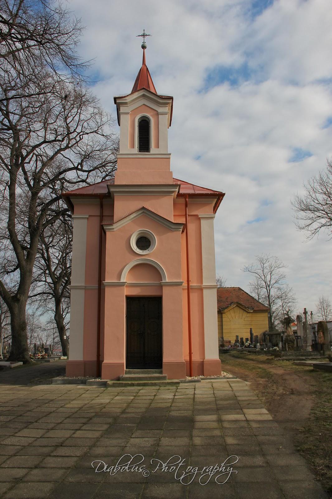 Hřbitovní kostelík