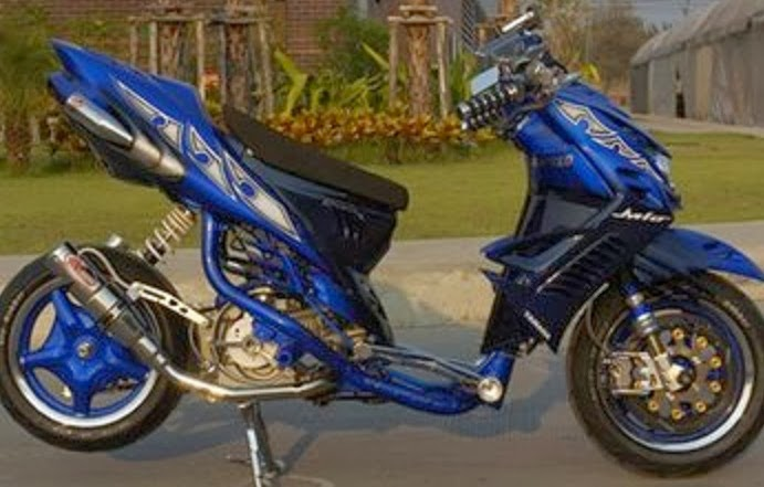 30+ Modifikasi Motor Matic Yamaha title=