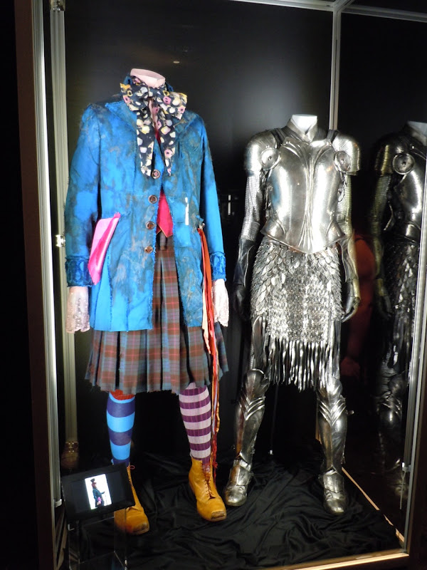 Mad Hatter and Alice in Wonderland battle costumes