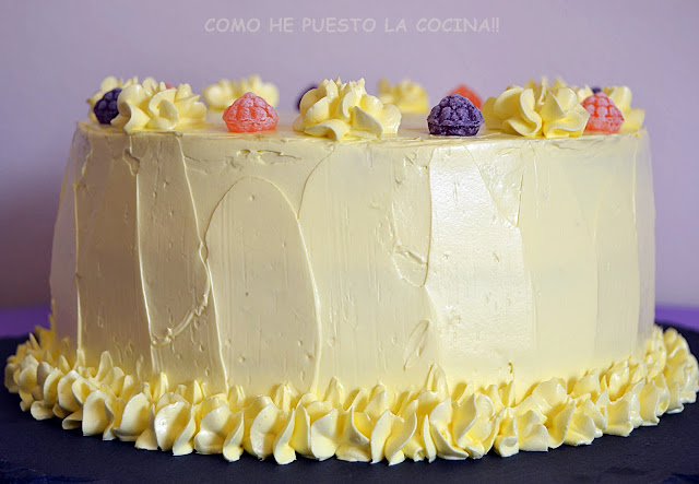 tarta-con-swiss-meringue-buttercream-de-limon