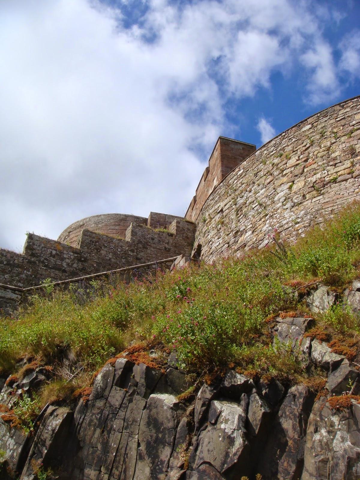 Bamburgh Castle - Black Cat Souvenirs
