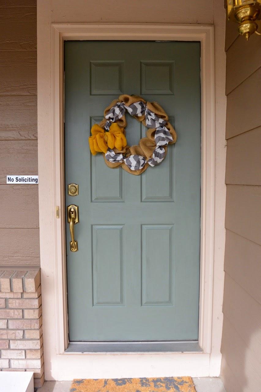Mixin 39 Mom Painting An Exterior Door Diy