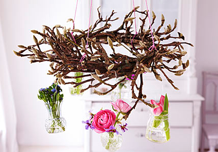 DIY Spring Wreath from Magnolia Twigs ~ Crafts and Decor