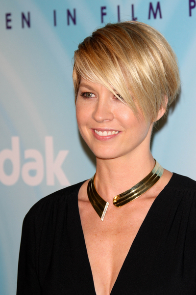 Hairstyle Simple Beautiful Celebrity Short cuts