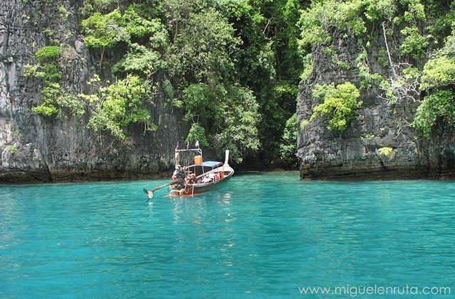 Barcos-laguna-Tailandia