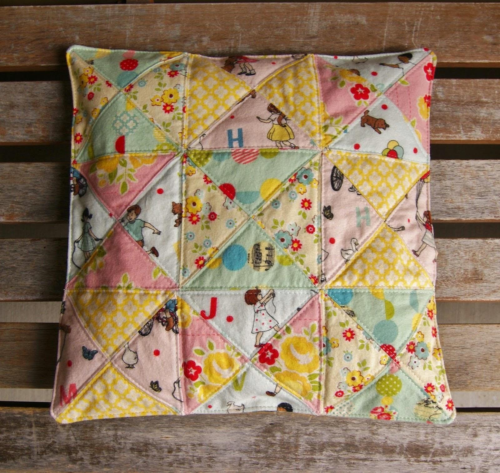 http://fabricmutt.blogspot.com/2014/09/sidewalks-seat-cushion.html