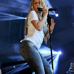 Shakira Hot Performance at 102.7 KIIS FM's 2014 Wango Tango in L.A