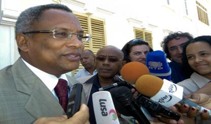 Cabo Verde – Guiné-Bissau: José Maria Neves incentiva empresários a criar parcerias