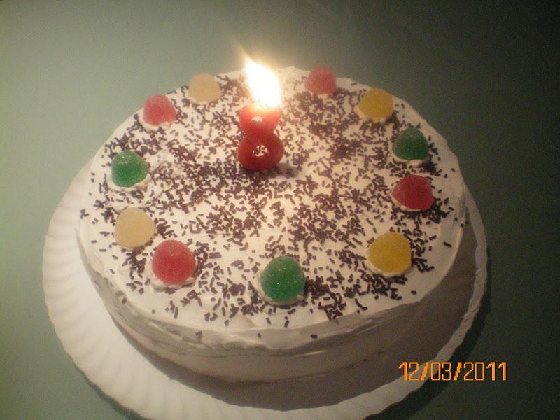 esta tarta de cumple la preparo todos los aos desde que naci mi hija es decir quince cuando es para adultos le cambio un poco los lo
