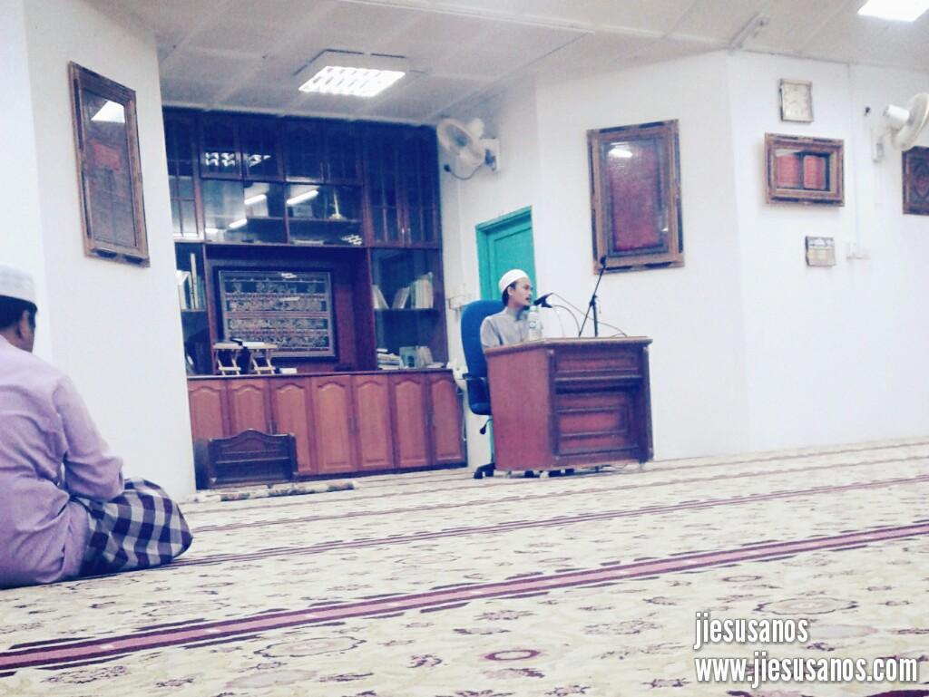 Luang Masa Dengar Ceramah Agama