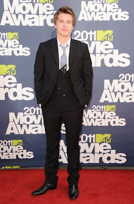 MTV Movie Awards 2011 - Página 4 MMAtapete203