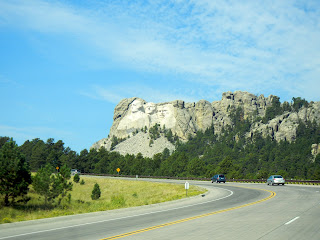 A free view of Mount Rushmore from the highway in South Dakota