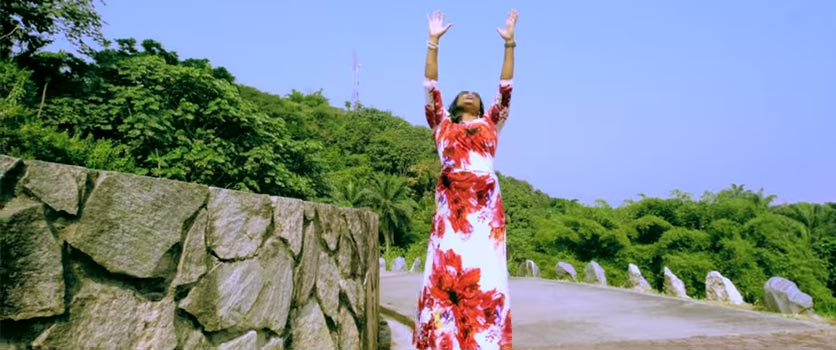 [Music Video] Sinach - Way Maker