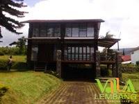 Villa Istana Bunga Lembang Blok S No.3 SUNGKOWO