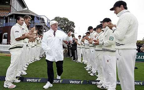 how to become international cricket umpire