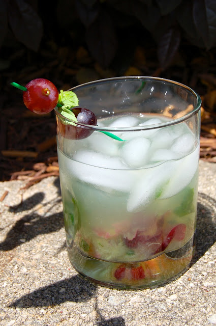 Cocktail Month: Basil Grape Crush | www.kettlercuisine.com