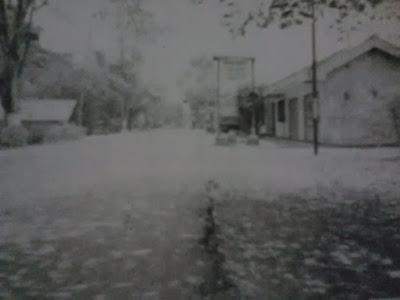 Jalan raya kopyah dijaga siluman kuda putih