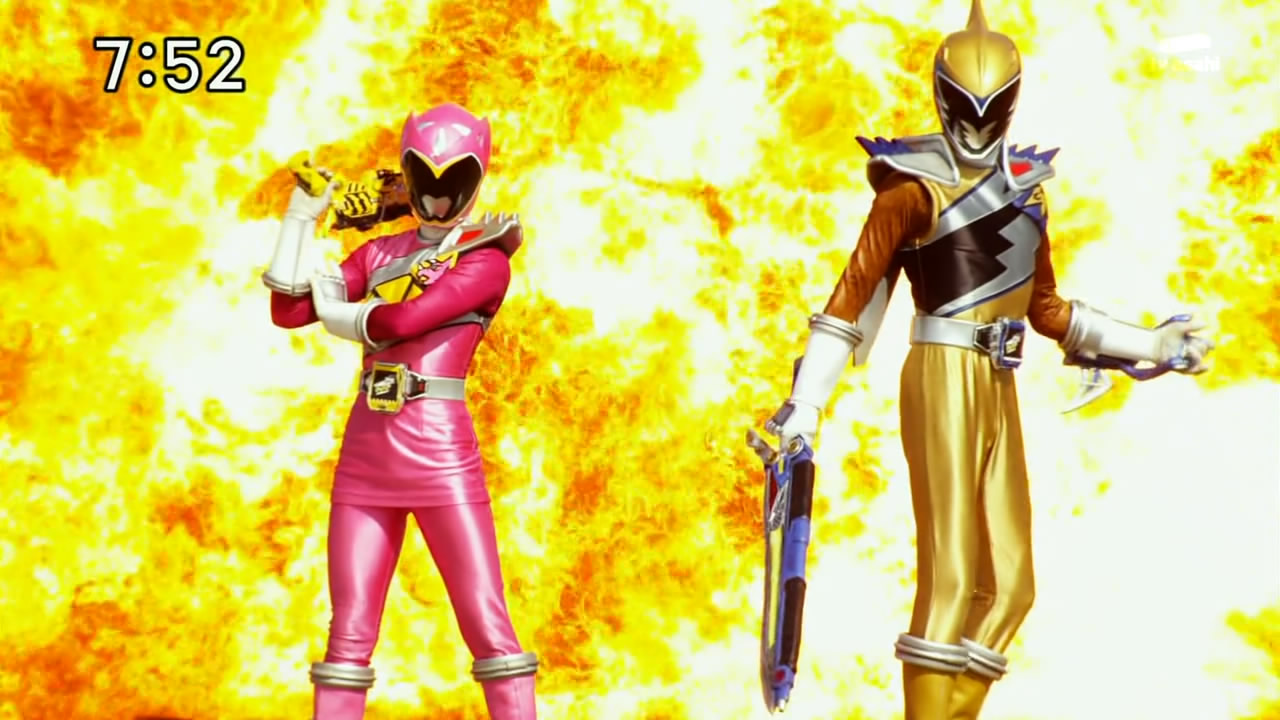 Zyuden Sentai Kyoryuger 11     Amy  Utchy  amp  the IdolZyuden Sentai Kyoryuger Gold