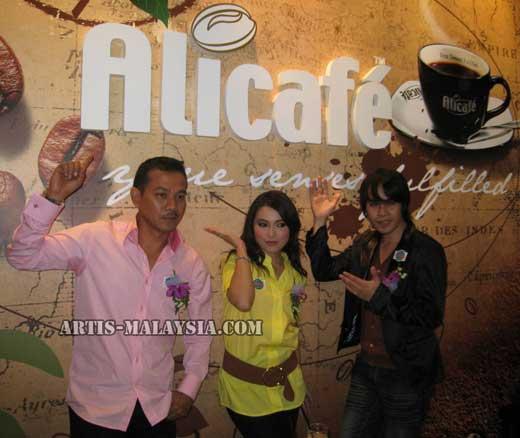 rosyamketiakbasah1 14 gambar artis malaysia kantoi ketiak basah
