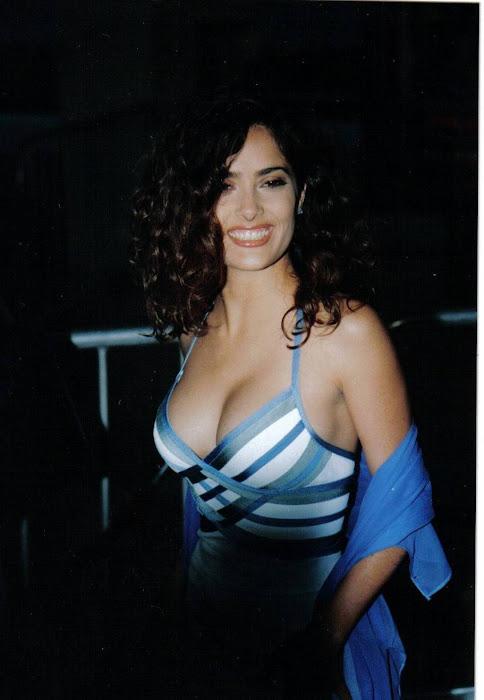 salma hayek cleavege latest photos