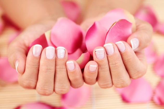 nail Nails em Split causas e prevenção