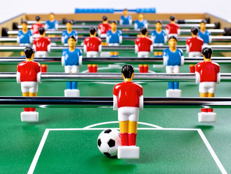 FOOS BALL TABLE FOOTBALL BUILD MANAGEMENT TEAM