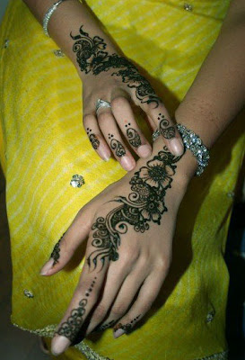 Fancy Mehndi Design