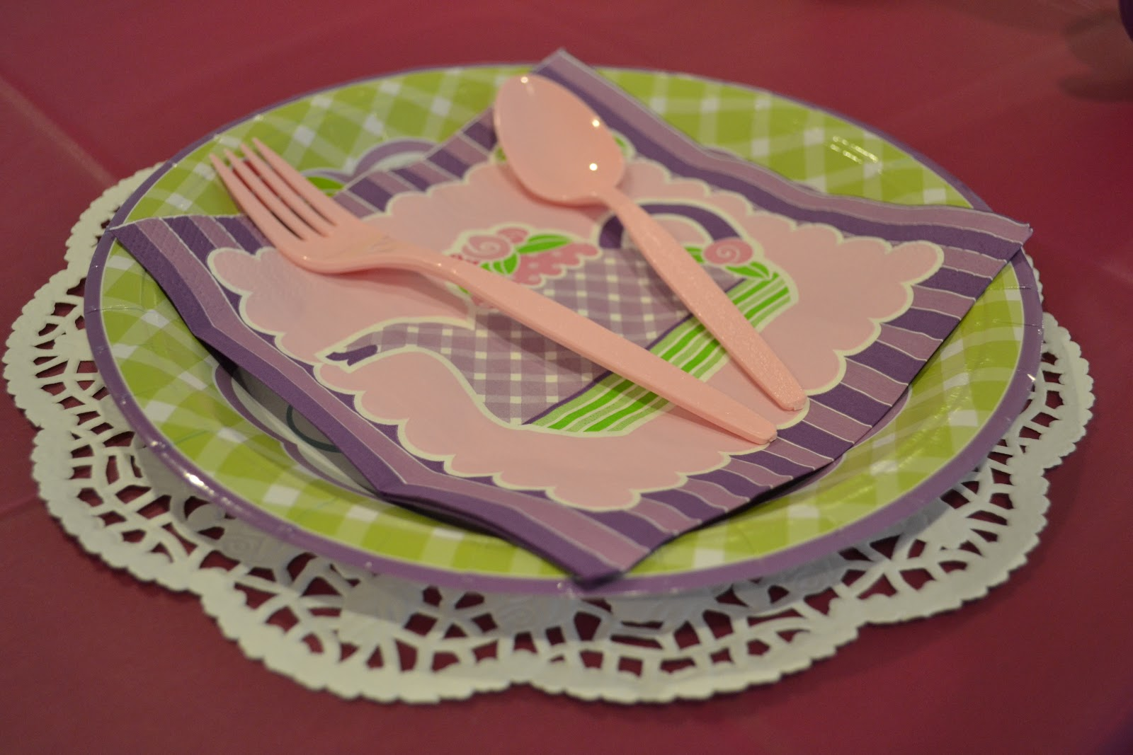 paper doilies michaels Foodservicedirect is your source for restaurant supplies, doilies and tray covers, dry foods, paper products, and all of your other restaurant needs.