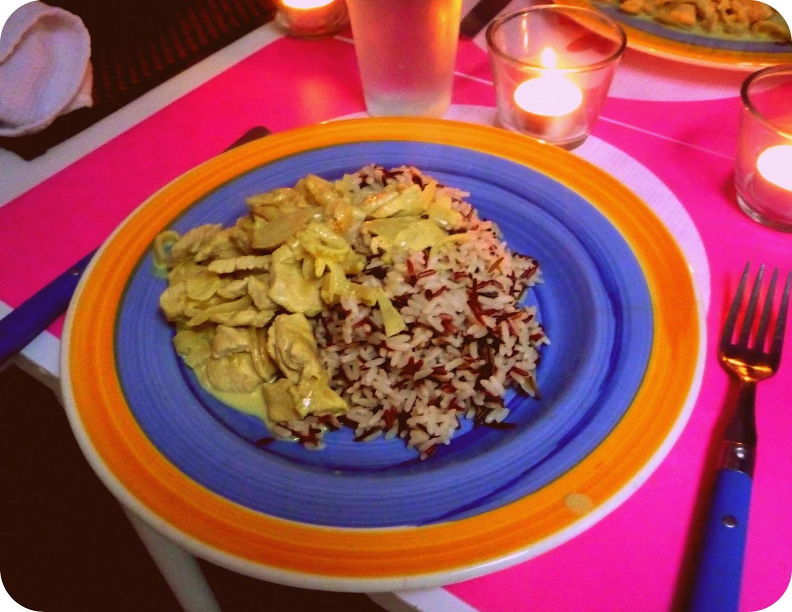 la cuisine de marine saut de poulet au lait de coco et son riz au curry. Black Bedroom Furniture Sets. Home Design Ideas