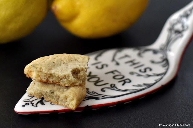 Cookies mit Zitrone, Rosmarin und weißer Schokolade
