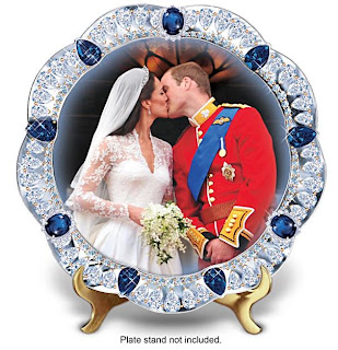 Prince William And Kate Royal Kiss Collector Plate